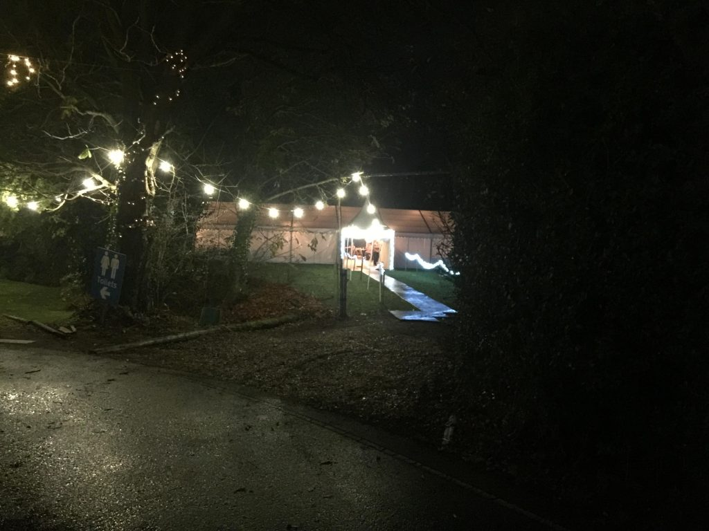 Winter wedding outside lighting