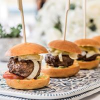 Mini meat sliders